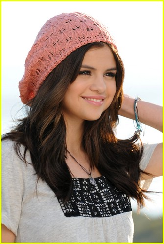 selena gomez dream out loud spring 09