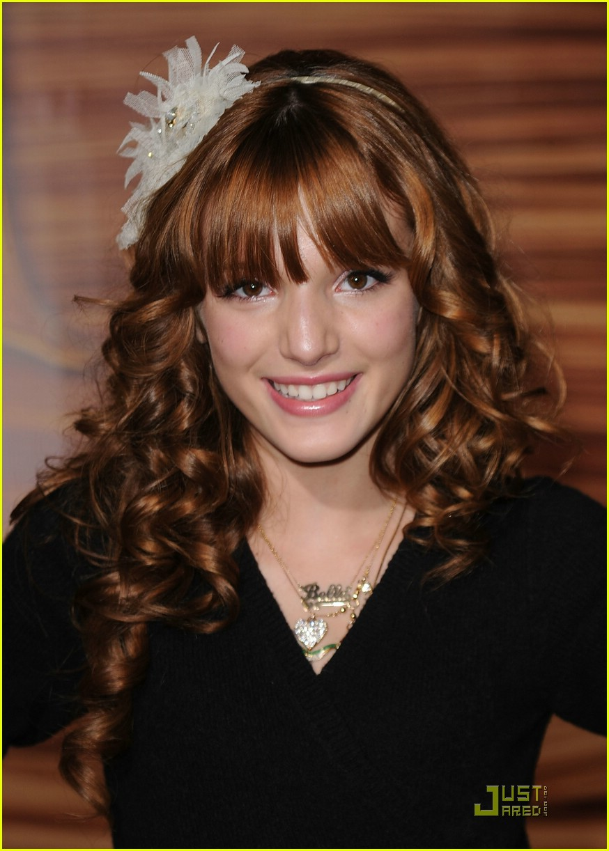 zendaya bella thorne tangled 06
