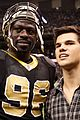 Lautner-saints taylor lautner sunday saints 03