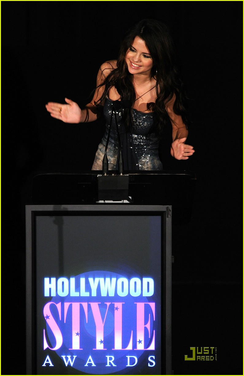 selena gomez sing cory monteith 03
