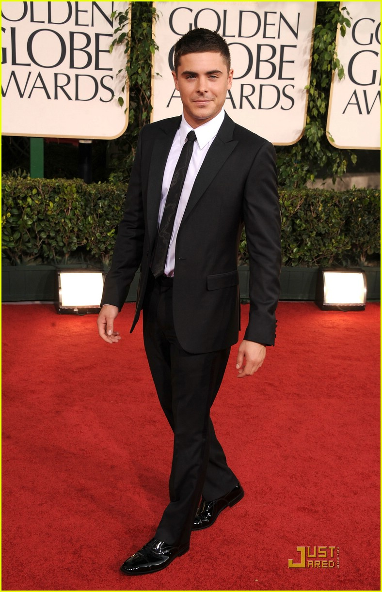 zac efron golden globes 01