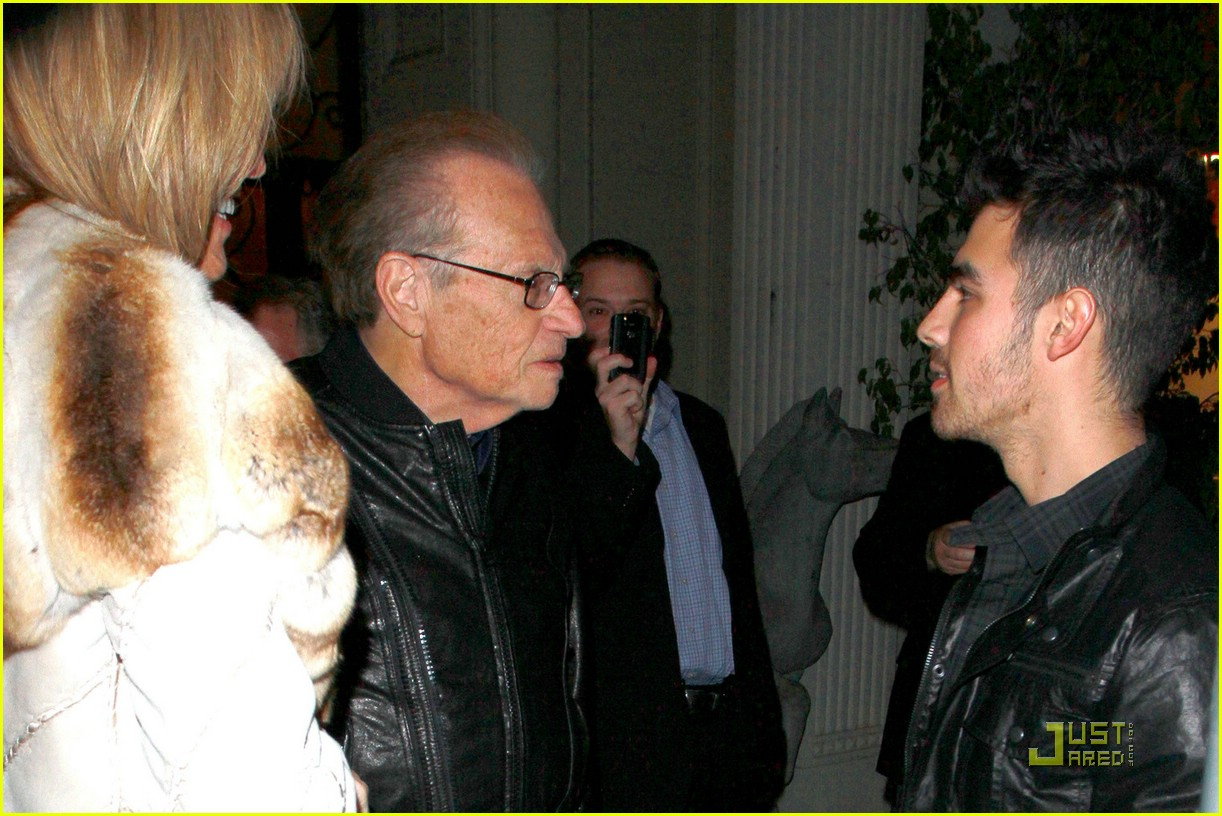 joe jonas larry king 06