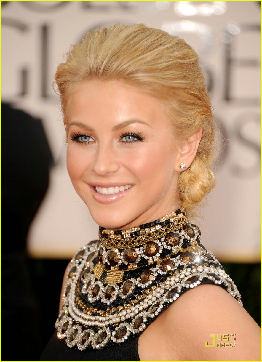 julianne hough golden globes 13