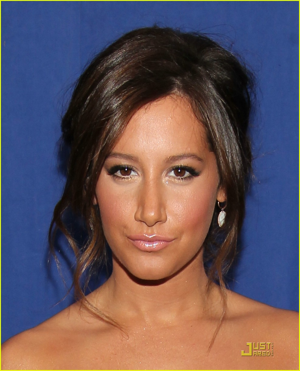 ashley tisdale 2011 pca 07