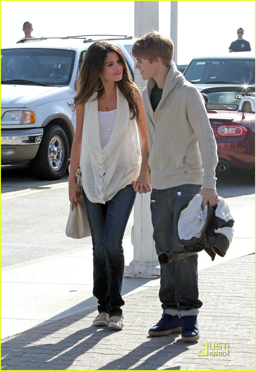 justin bieber selena gomez santa monica 11