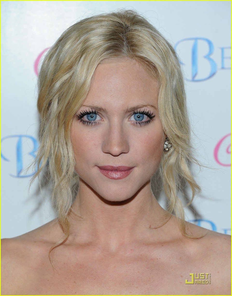 brittany snow beastly blue 02