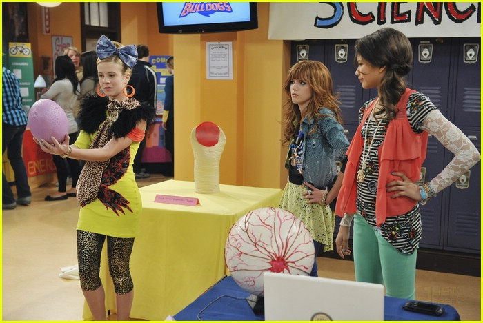 bella zendaya heat shake up 23