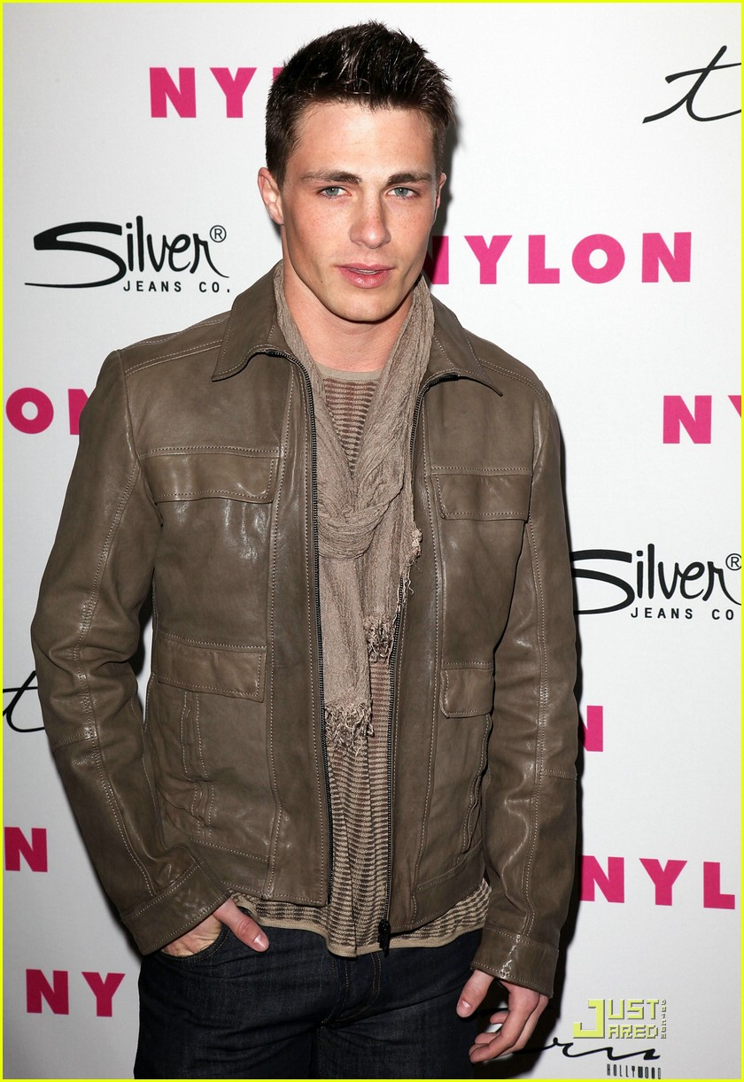 colton haynes crystal reed nylon 03