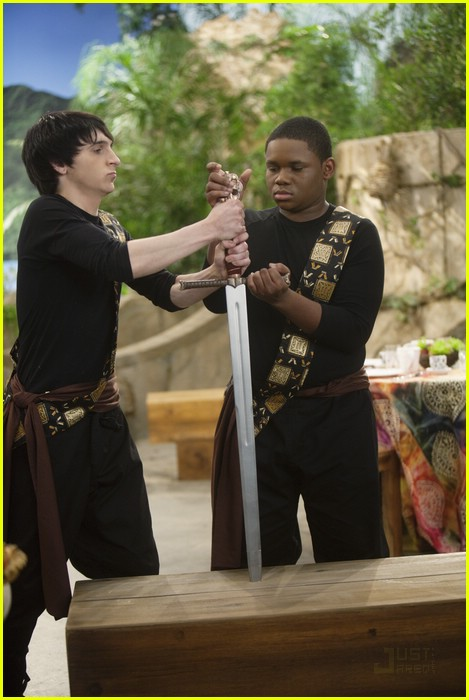 mitchel musso kings fight 01