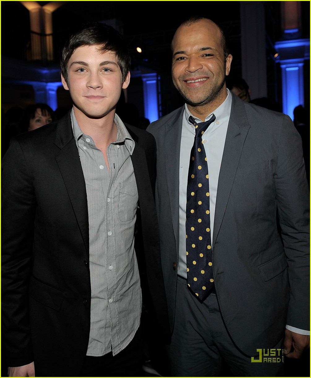logan lerman source code 03