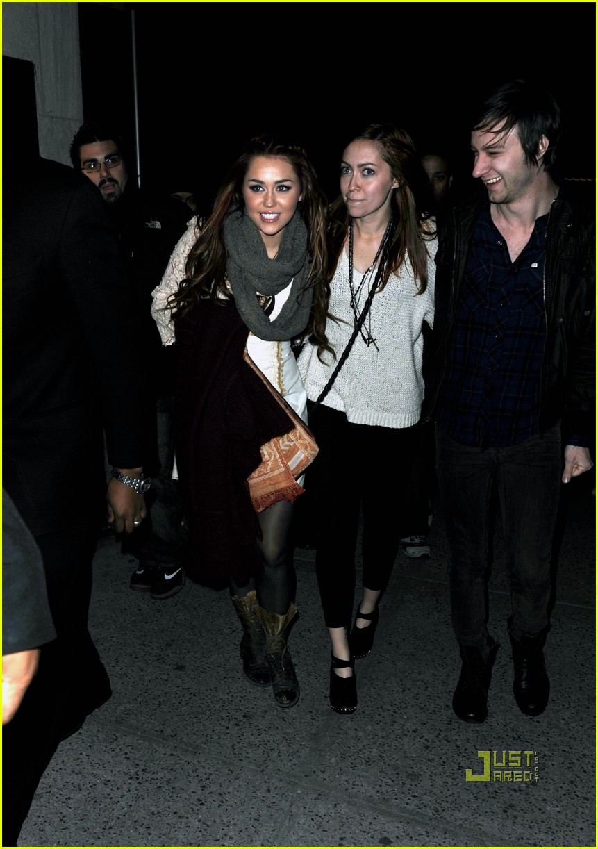 miley cyrus tao windsor drive 02