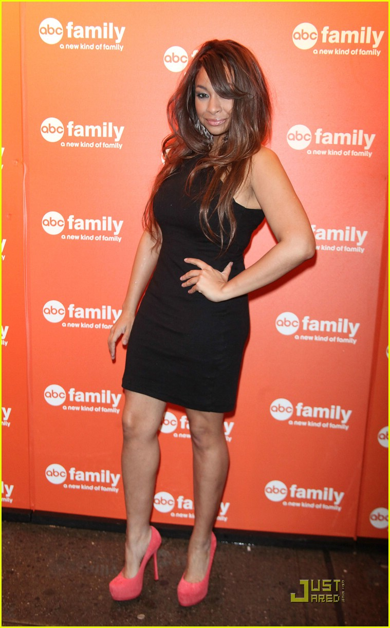 raven symone abc family upfronts 14