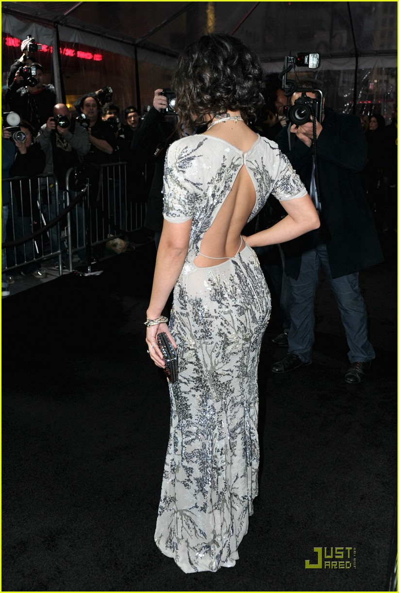 vanessa hudgens sucker punch premiere 30