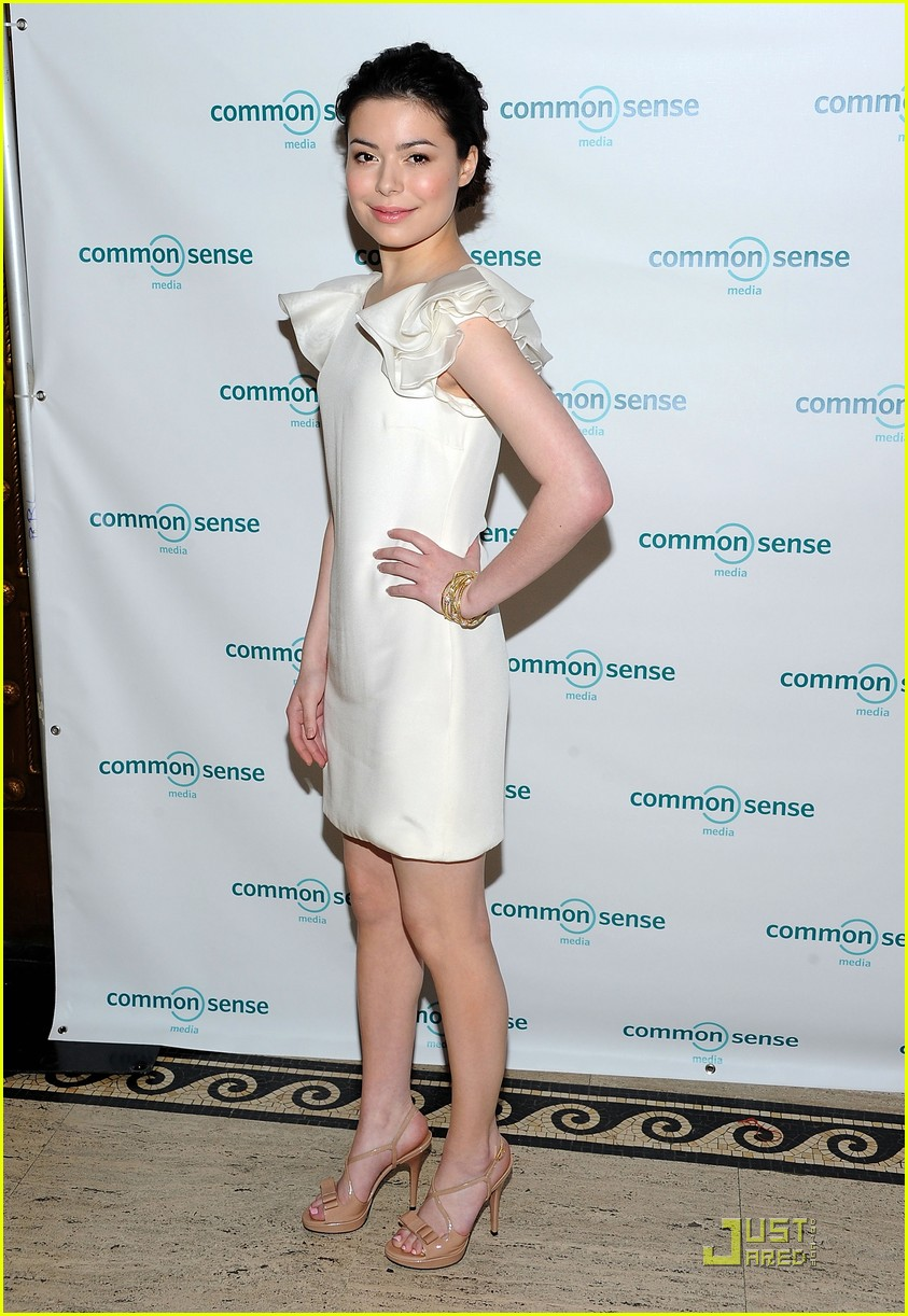 miranda cosgrove common sense awards 06