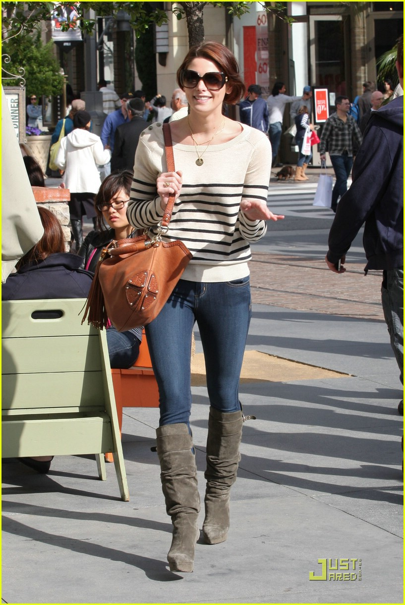 ashley greene la shop 03