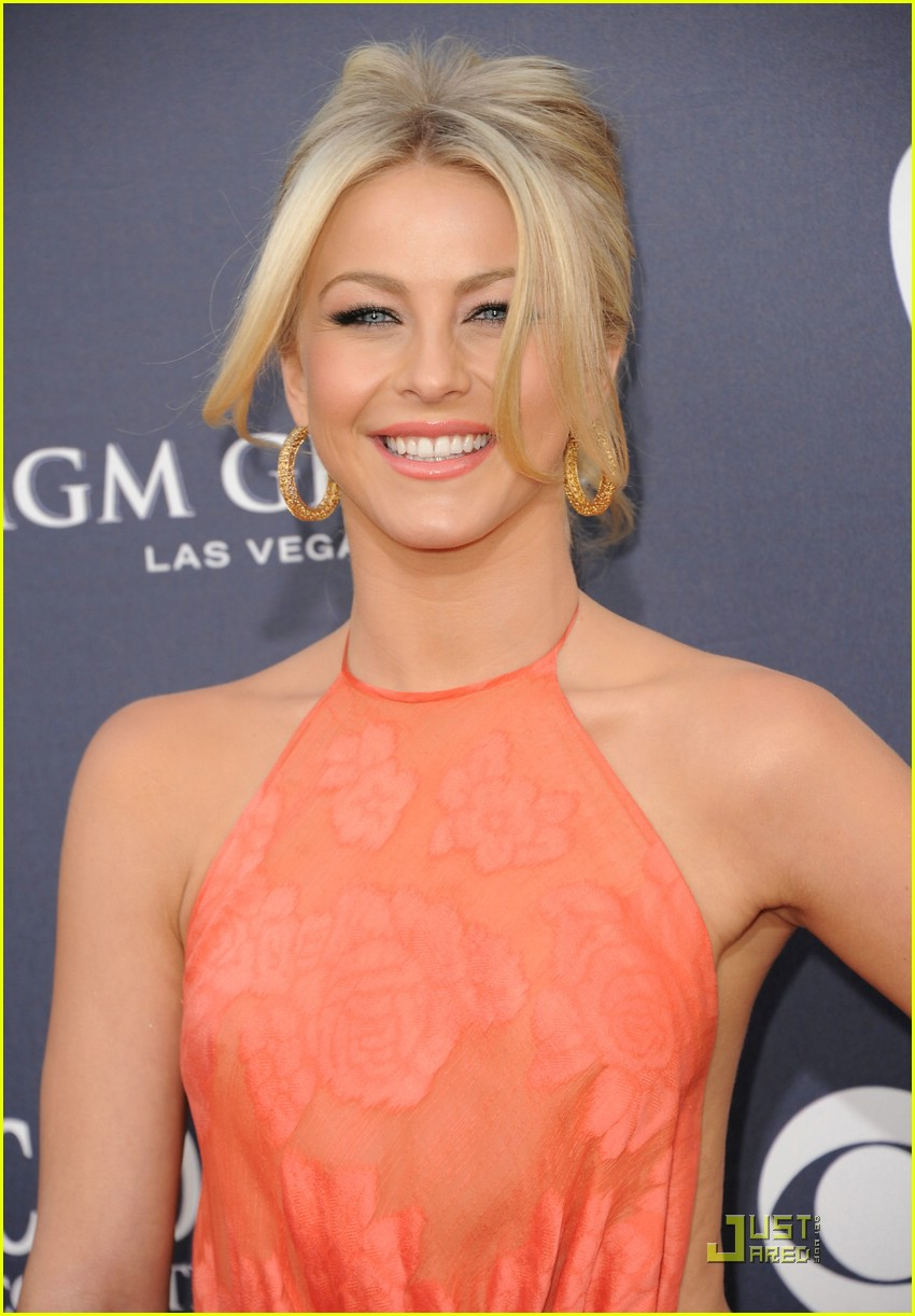 julianne hough acm awards 10