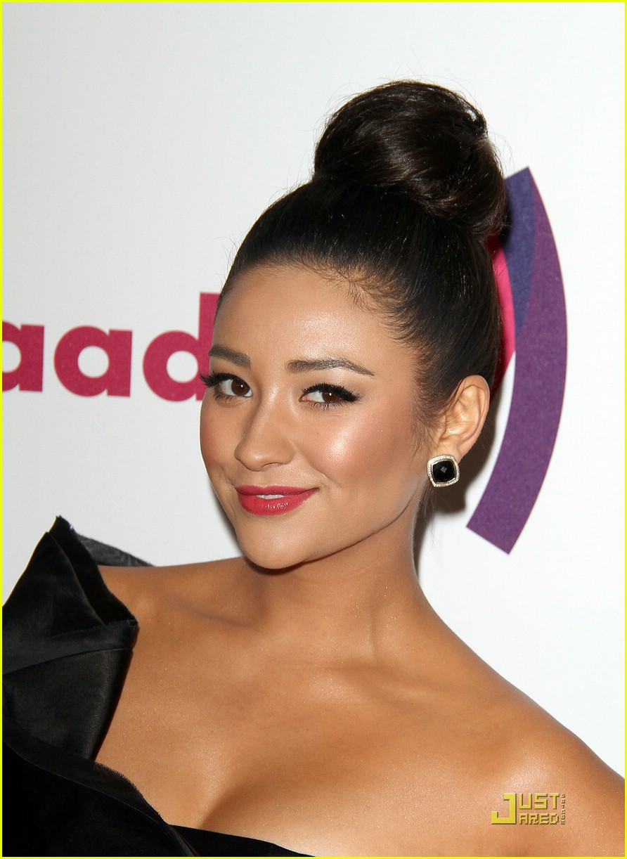 shay ashley glaad awards 07
