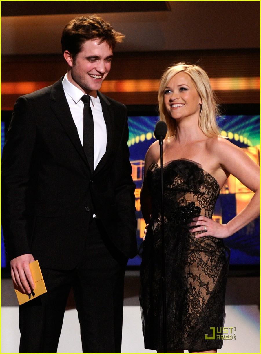 robert pattinson acm awards 04