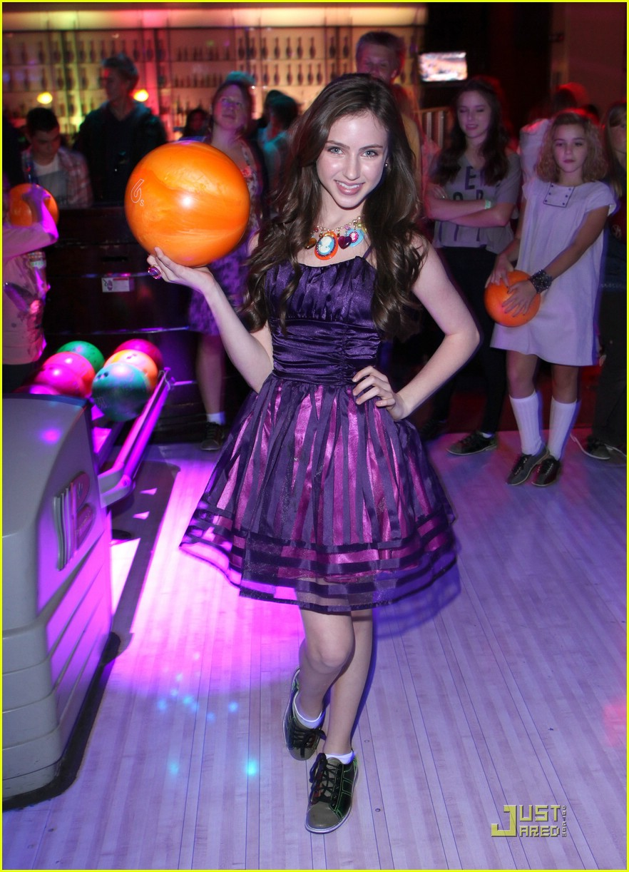 ryan newman jillians bday 04