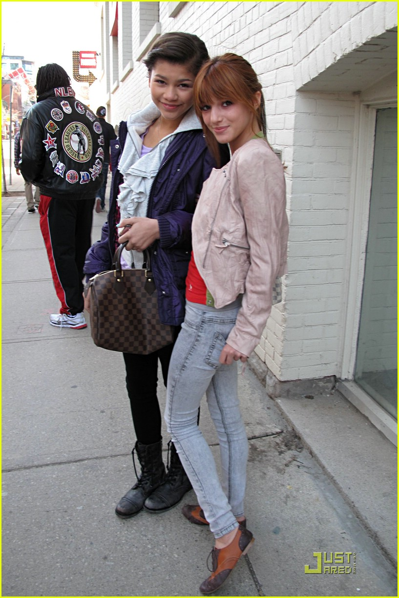 zendaya bella thorne toronto 02