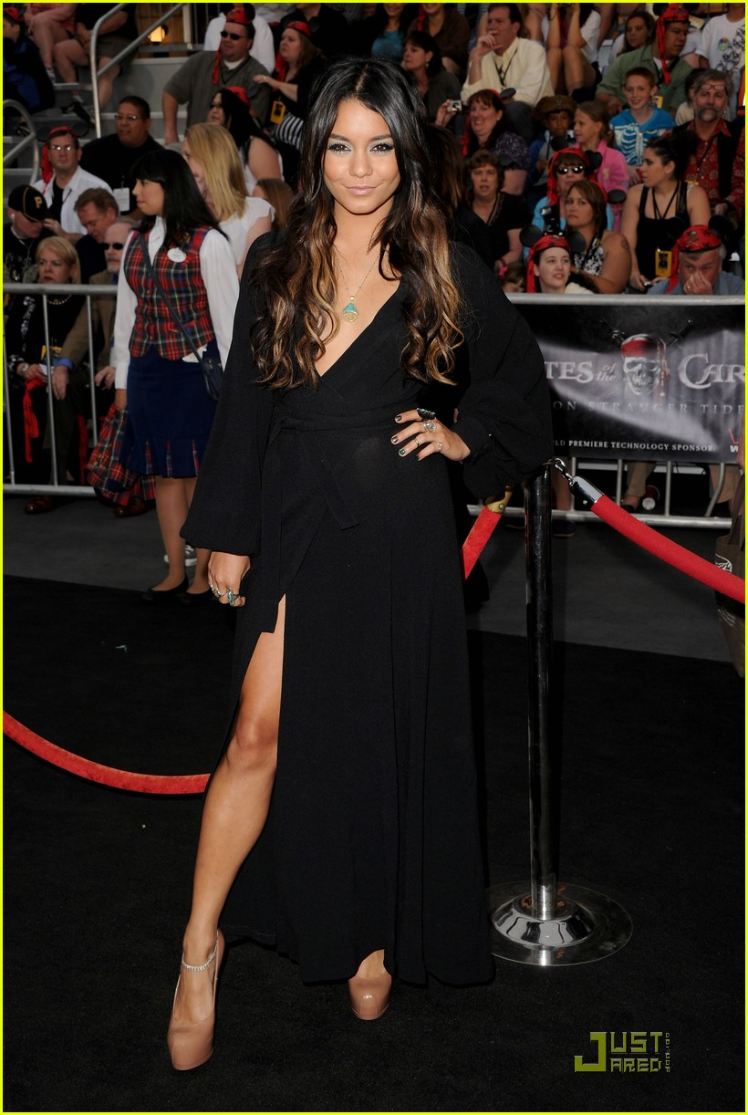 vanessa hudgens ashley tisdale pirates premiere 01