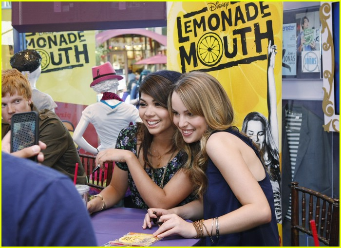 lemonade mouth disneyland 01