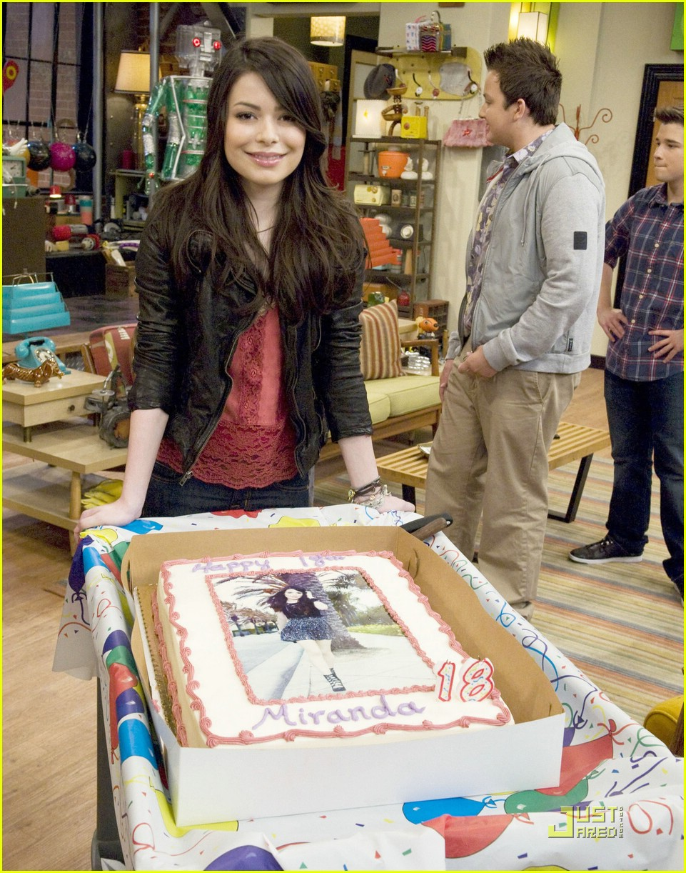 miranda cosgrove bug bday 01