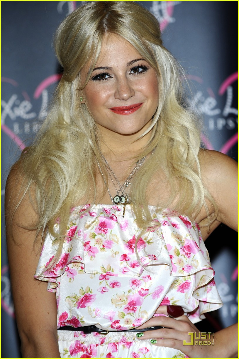 pixie lott launch lipsy party 20