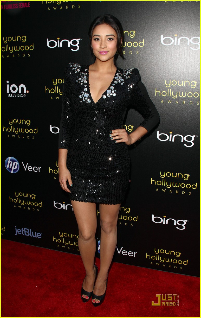 pretty little liars yh awards 04