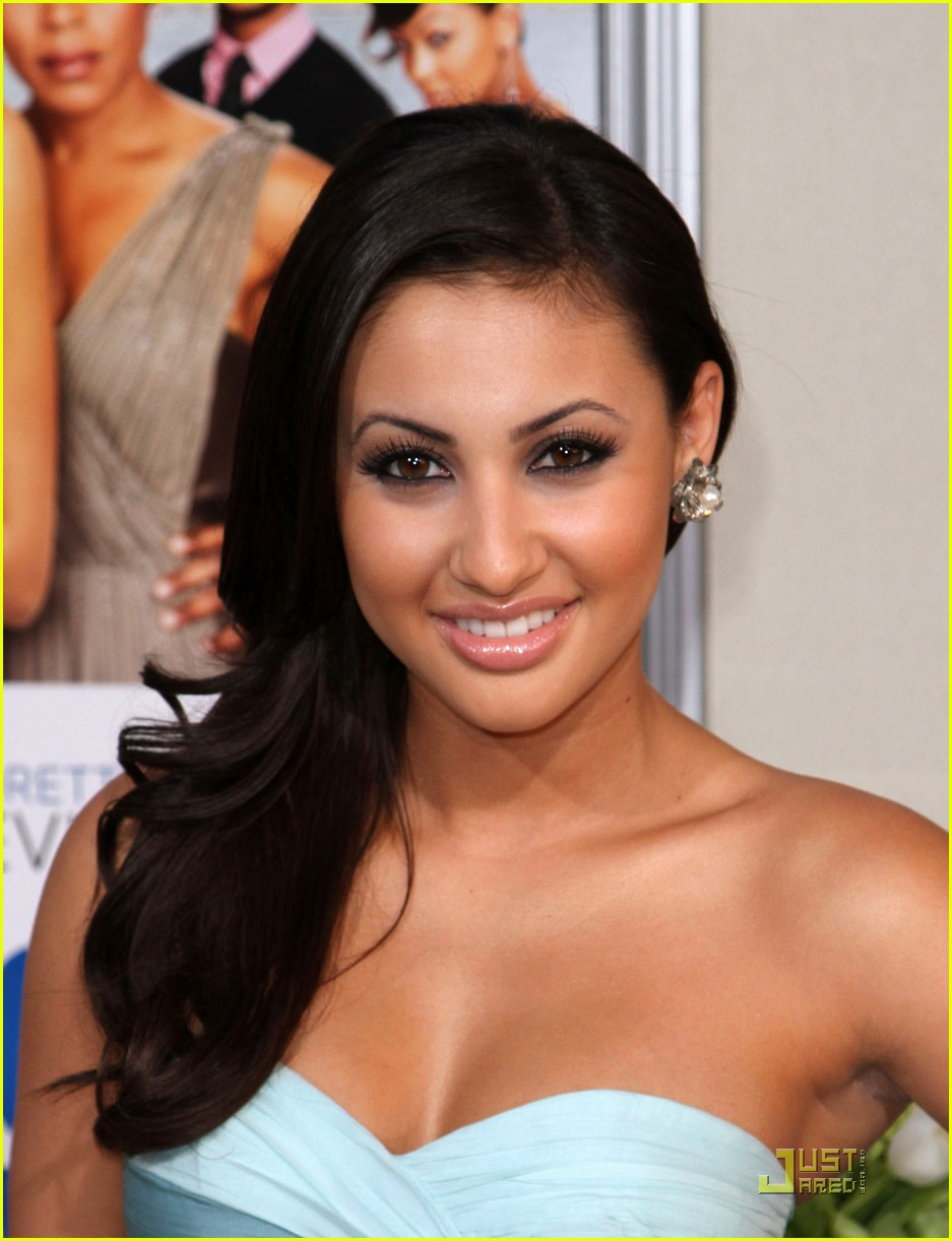 francia raisa jumping broom 03
