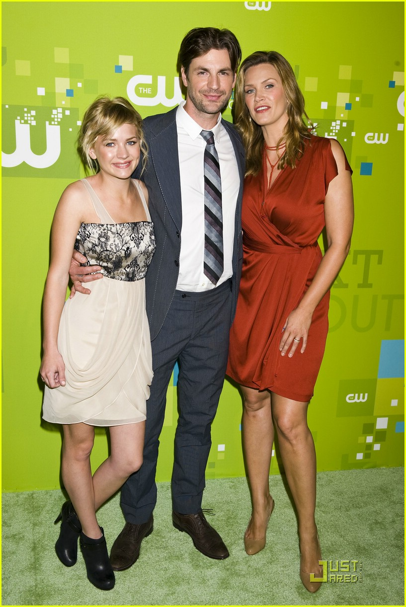 brittany robertson cw upfronts 03