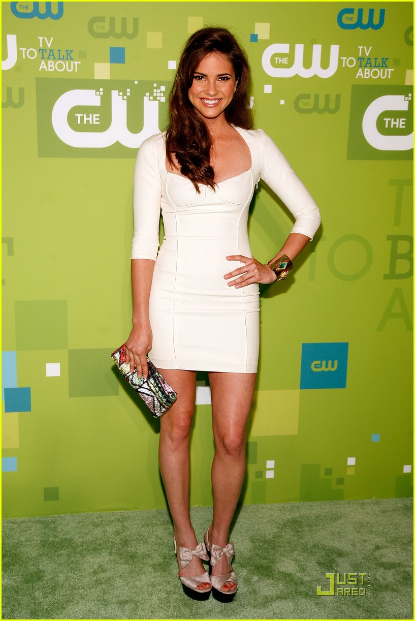 brittany robertson cw upfronts 09