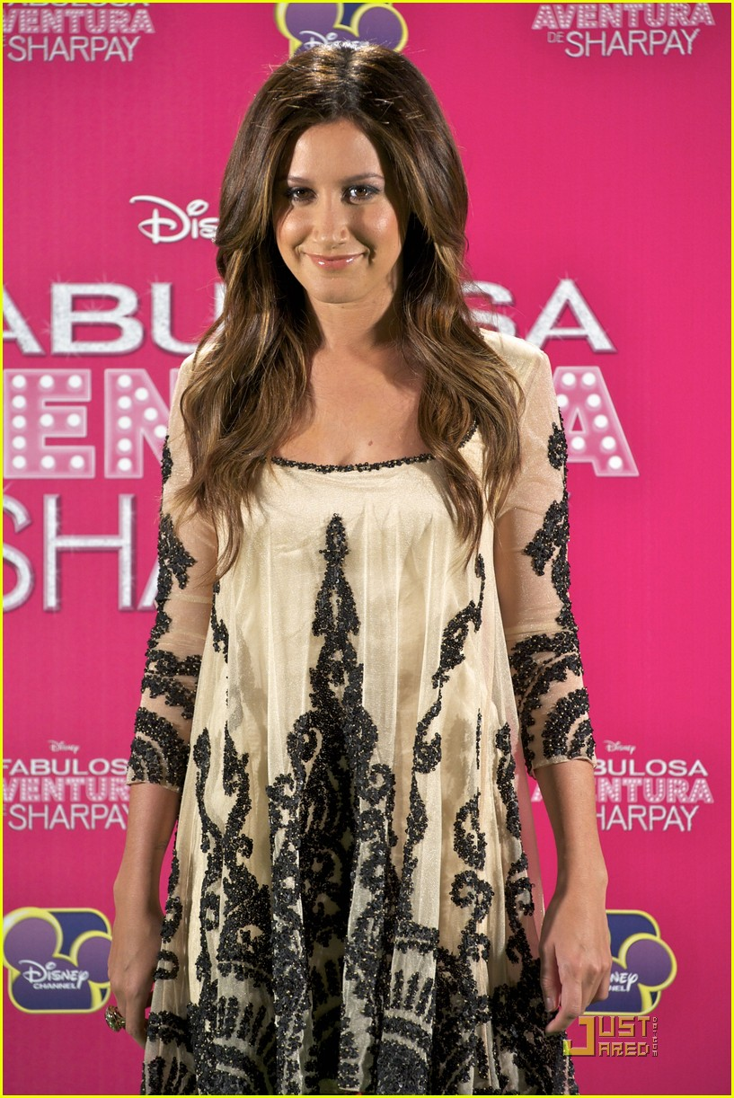 ashley tisdale madrid sharpay 07
