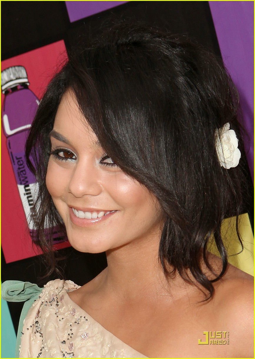 vanessa hudgens elysium party 02