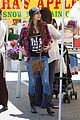 Victoria-ryan victoria justice ryan rottman farmer market 09