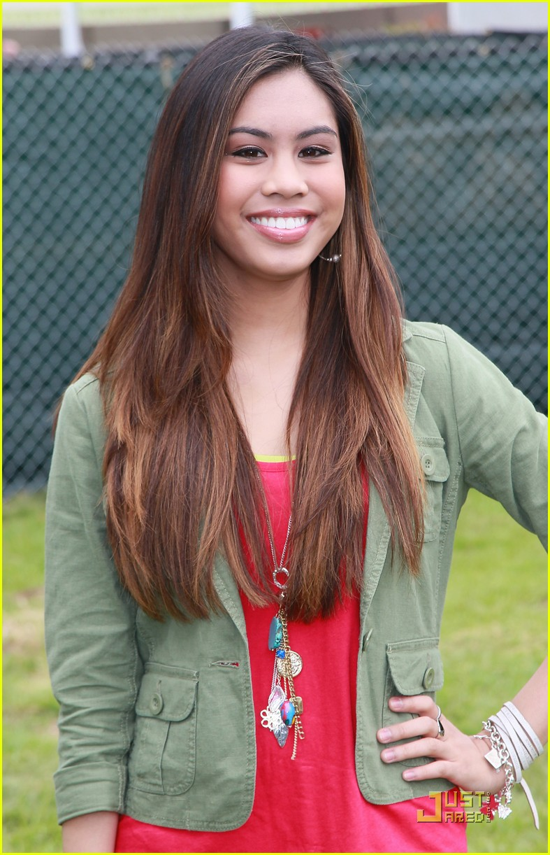 ashley argota gage golightly time heroes 02
