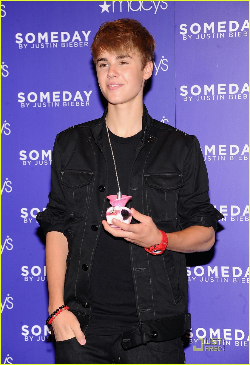 Justin Bieber Launches 'Someday' at Macy's | Photo 423335 - Photo ...