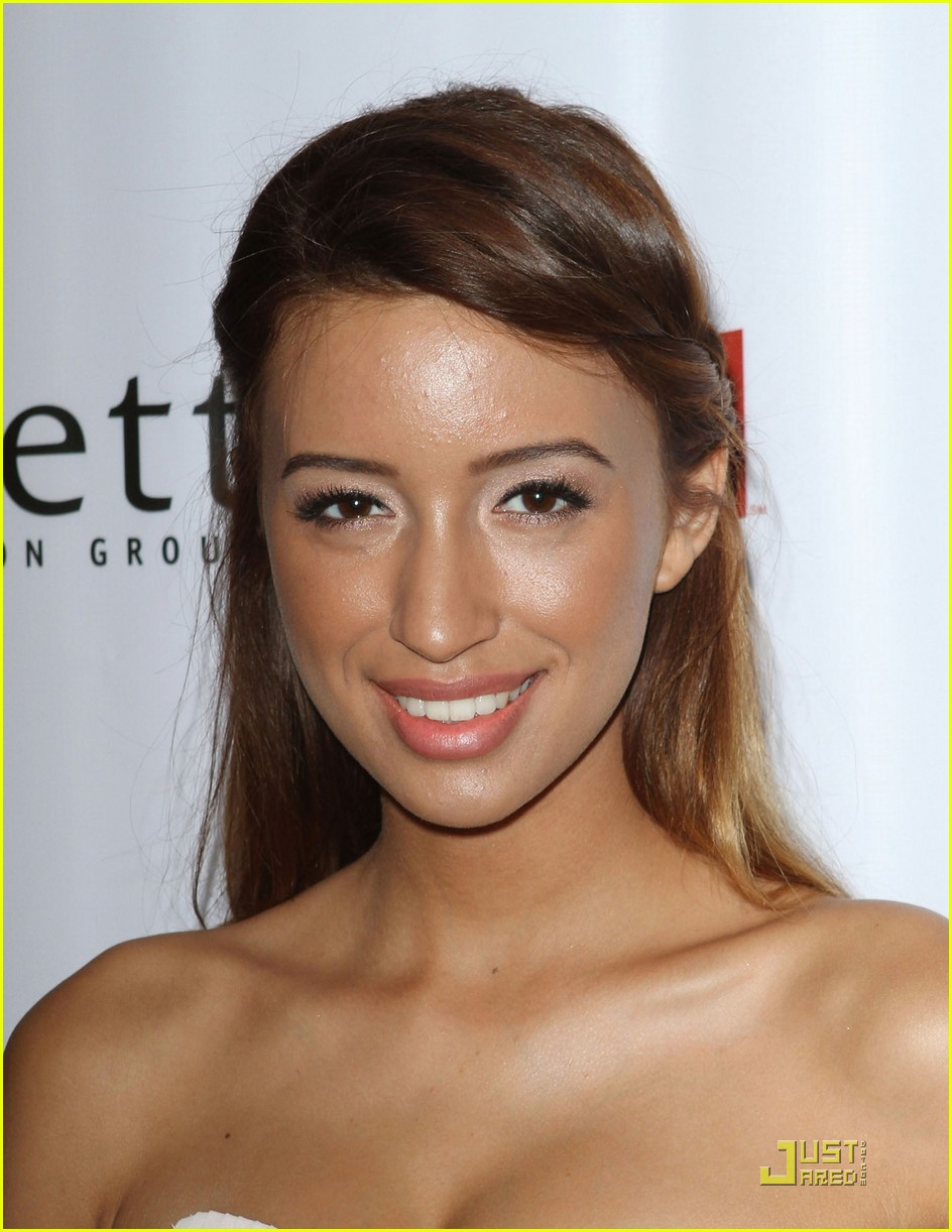christian serratos thirst michael welch 08