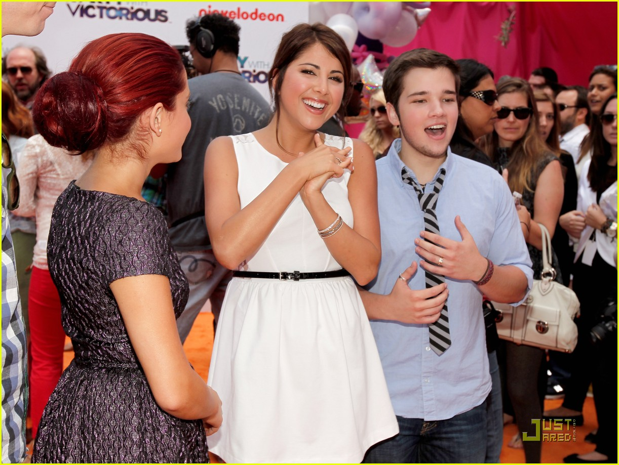 daniella monet iparty victorious 01