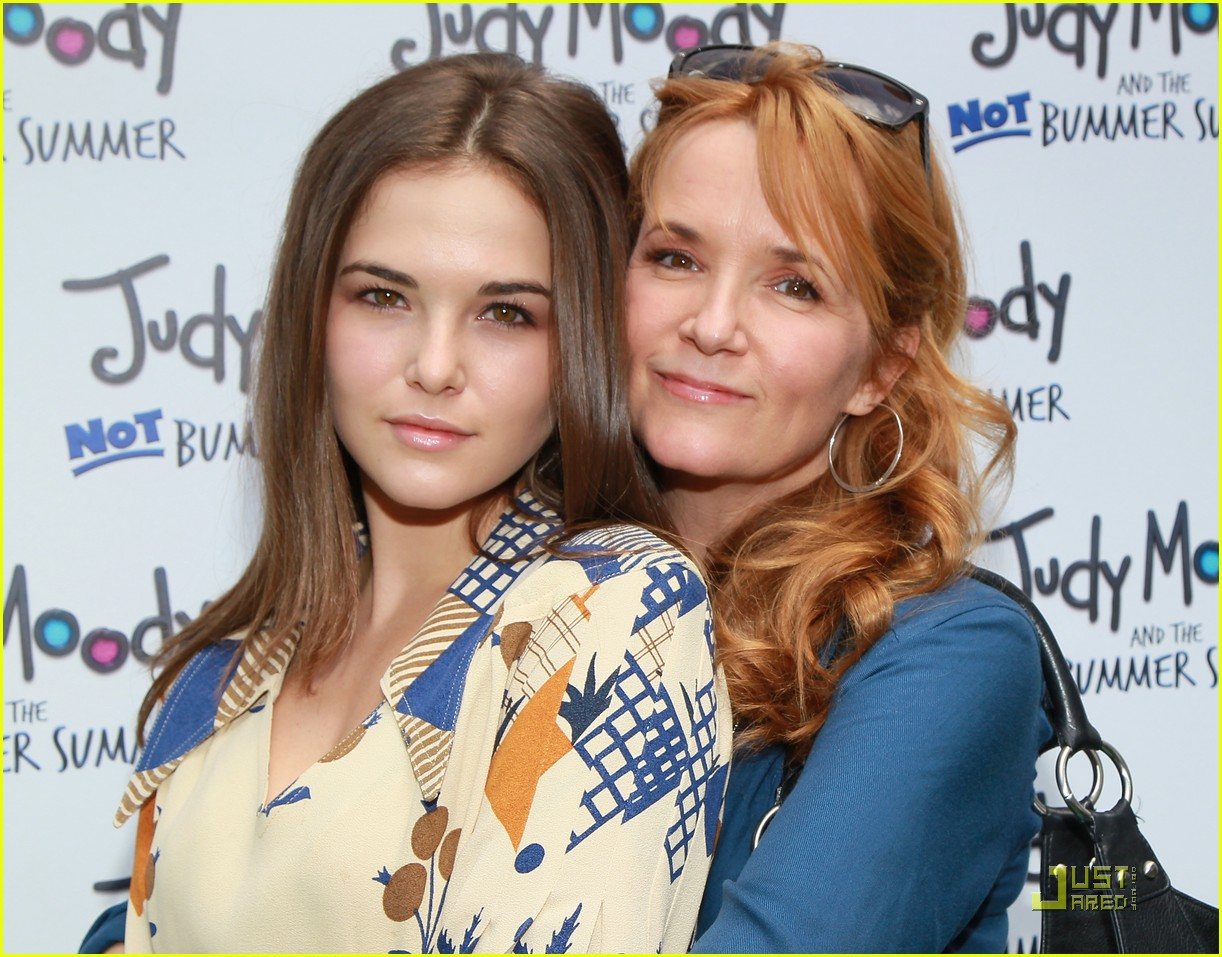 zoey deutch judy moody 03