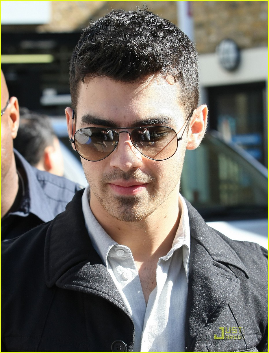joe jonas itv video 01