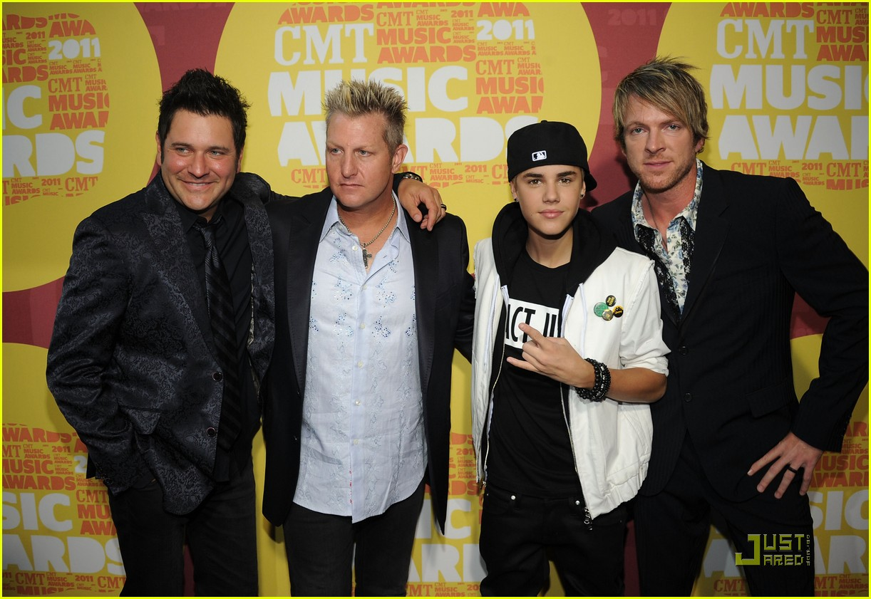 justin bieber cmt music awards 06