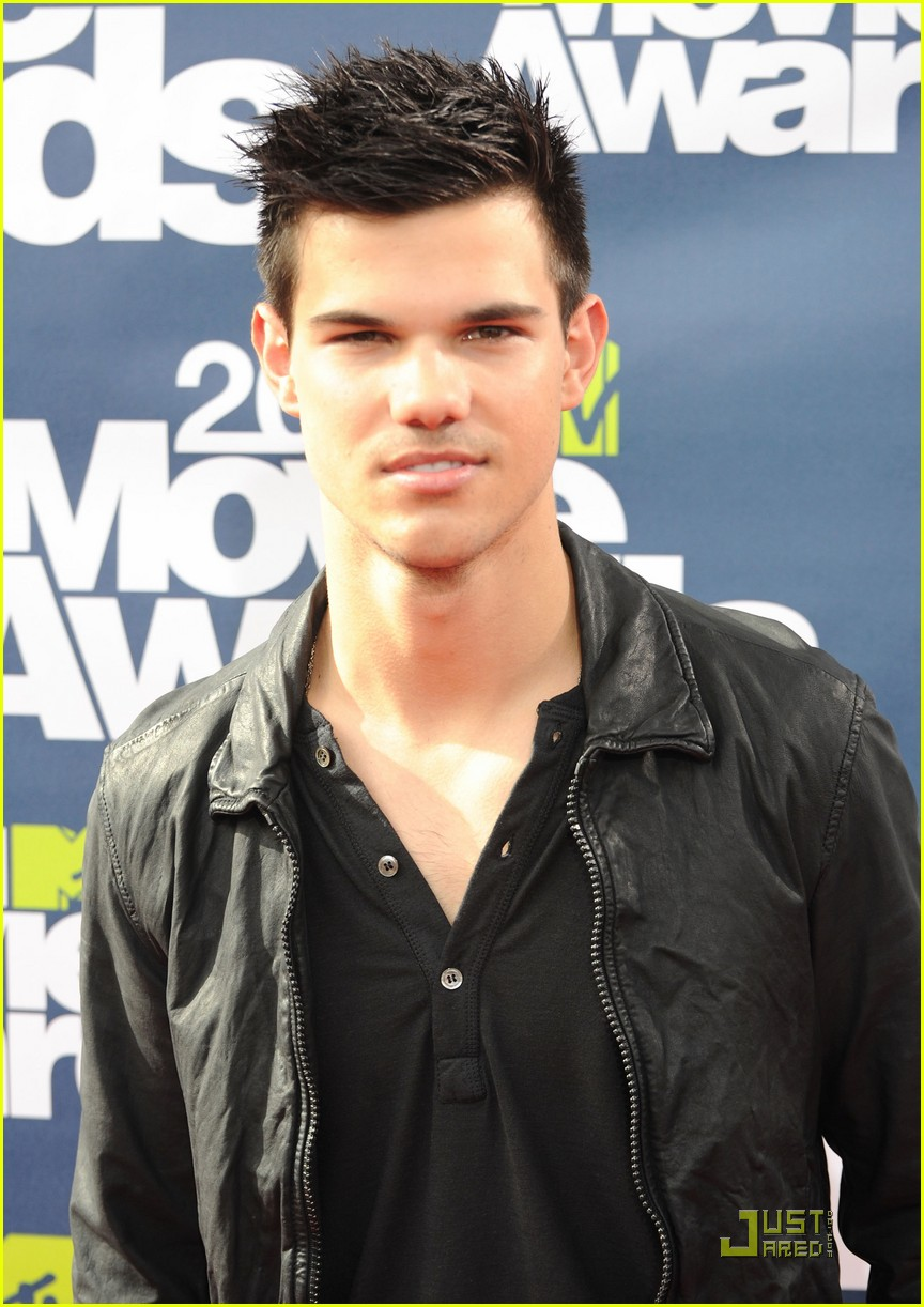 taylor lautner mtv movie awards 02