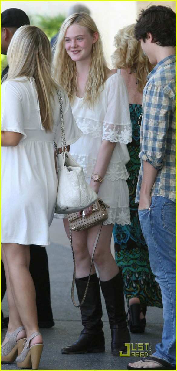 elle fanning twixt first pic 10