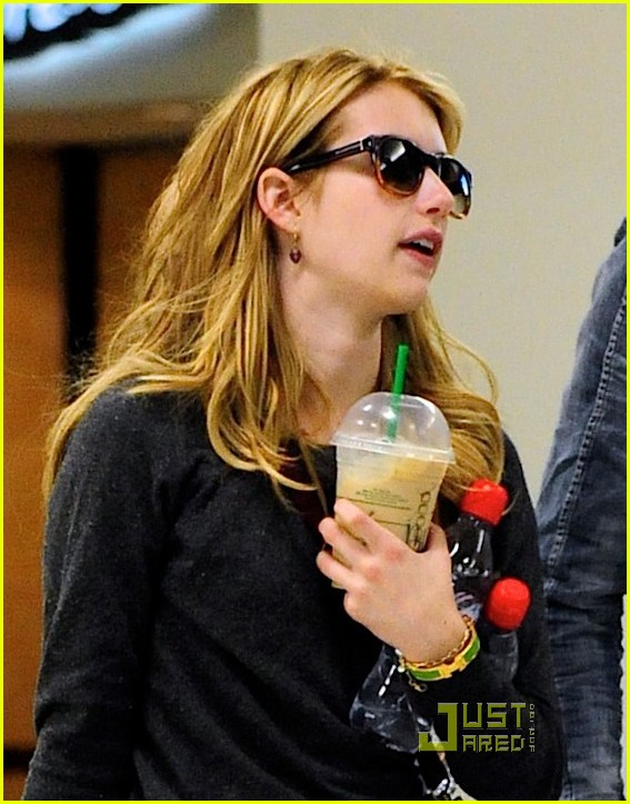 emma roberts chord lax 01