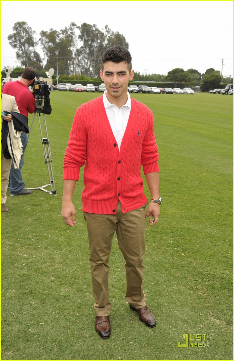joe jonas polo challenge 01