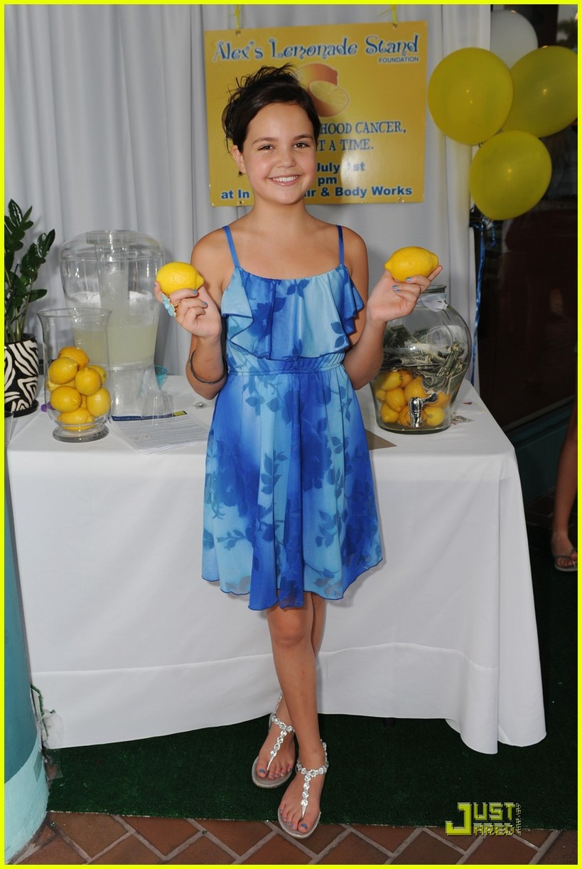 bailee madison lemonade powers 05