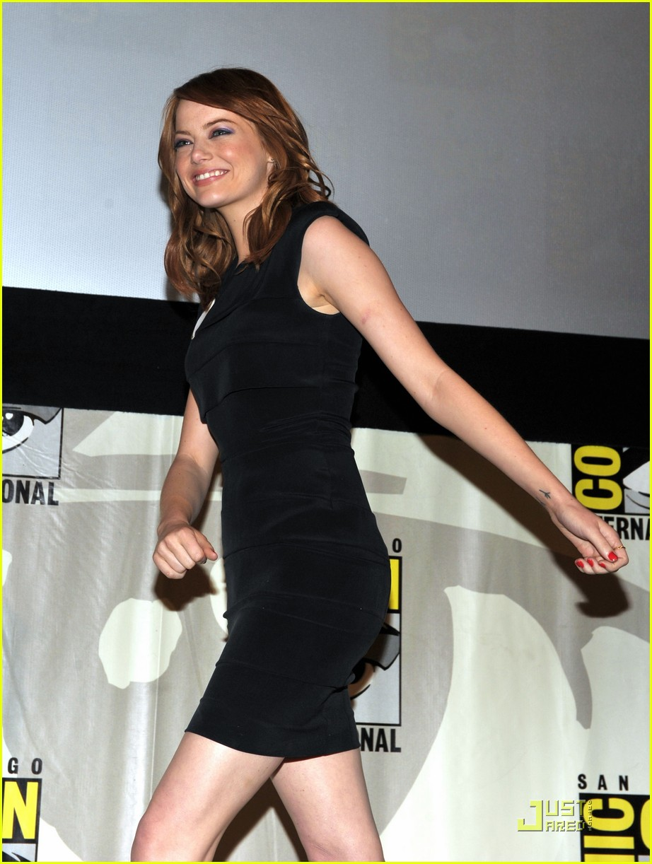 emma stone comic con 02