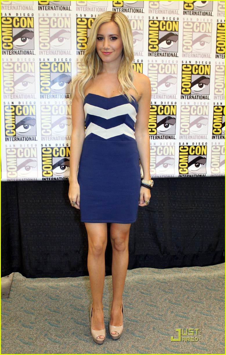 ashley tisdale jjj comiccon 04