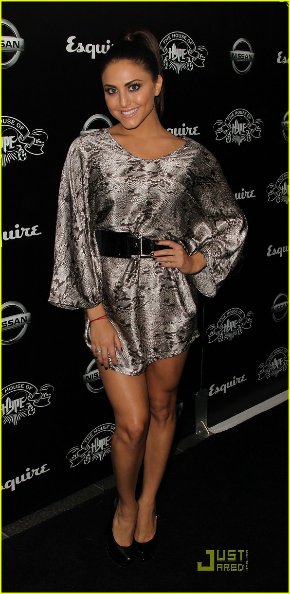 cassie scerbo house hype 02